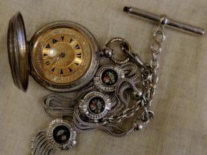 Antika Saat Alanlar